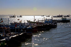 Twighlight på Dwarka Harbor Royaltyfria Foton