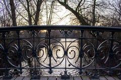 Twiligh i Vondelpark, Amsterdam Är ett offentligt stads- parkerar av H 47 Royaltyfria Bilder