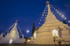 Twilight небо Wat Phra тот висок Doi Kong Mu в Mae Hong Son Стоковые Фото