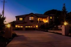 Twilight дом Стоковая Фотография
