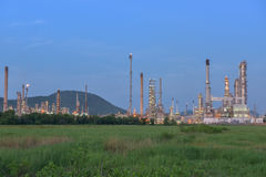 Twilight of oil refinery plant. Royalty Free Stock Photography