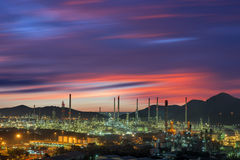 Twilight of oil refinery plant. Stock Photography
