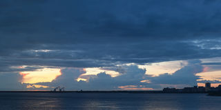 Twilight over the bay Royalty Free Stock Photography