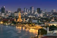Twilight time of Wat Arun Royalty Free Stock Photos