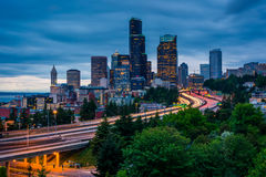 Twilight view of the Seattle skyline from the Jose Rizal Bridge, Stock Photography