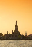 Twilight view of Wat Arun during sunset in Bangkok, Thailand Stock Photo