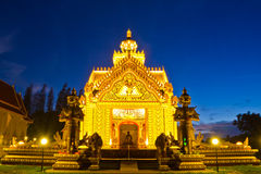 Twilight of wat sumanavas temple Royalty Free Stock Images
