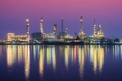 twilightBangchak的,泰国炼油厂 免版税库存图片