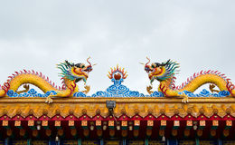 Twin dragon on the china temple roof Royalty Free Stock Photography