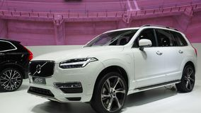 Twin engine Volvo XC 90