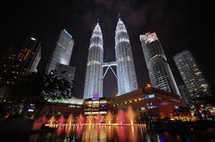 Twin tower Malaysia. The famous tower in Malaysia with dancing fountain Royalty Free Stock Photos