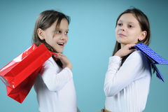 Twins arguing after shopping Royalty Free Stock Photos