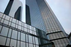 Twintowers van Deutsche Bank in Frankfurt royalty-vrije stock afbeelding