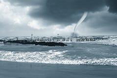 Twister auf dem Meer Stockbilder