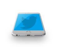 Twitter no iphone Imagens de Stock