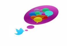 Twittervogel mit Spracheluftblase in den verschiedenen Farben Stockfotos