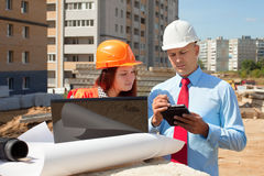 Two architects  in front of building site Royalty Free Stock Photography