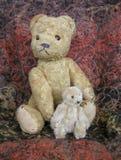 Two bears. Mummy and baby teddy bear Royalty Free Stock Photo