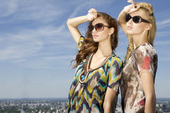 Two beautiful girl in sunglasses Stock Photography