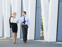 Two business colleagues going home after work Royalty Free Stock Images