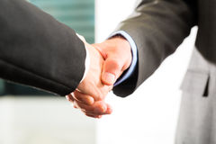 Business people doing Handshake Royalty Free Stock Photography