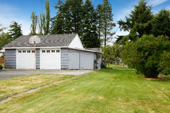 Two car garage. Countryside real estate. Kent, WA Stock Images