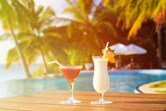 Two cocktails on luxury tropical beach Royalty Free Stock Photography