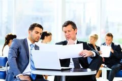 Two confident business people Royalty Free Stock Images