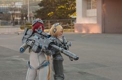 Two cosplayers dressed as the characters from Starcraft Royalty Free Stock Photos