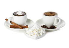 Two cups of hot chocolate with marshmallow Royalty Free Stock Photos