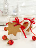 Two cups of hot tea and gingerbread Royalty Free Stock Images