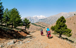 Two cyclists in the mountains of Turkey Stock Photography