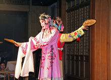Two female actors perform chinese opera, suzhou, china Royalty Free Stock Photos