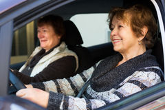 Two female friend in car Royalty Free Stock Photos
