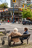 Two female senior citizens in Vancouver downtown Royalty Free Stock Photos