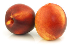 Two fresh nectarines Royalty Free Stock Images