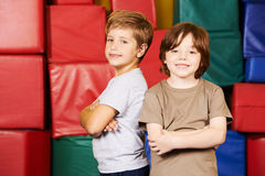 Two friends in gym of preschool Stock Photography