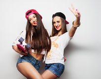 Two girl skaters Royalty Free Stock Photos