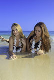 Two girls at the beach Royalty Free Stock Photography