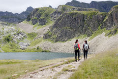 Two girls hiking in the Ayous Lakes Royalty Free Stock Photos