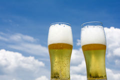 Two glasses of beer Royalty Free Stock Photos