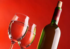 Two glasses and bottle of wine Royalty Free Stock Photos
