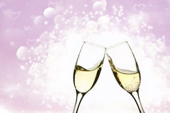 Two glasses of champagne on brillante background Stock Photography