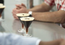 Two glasses of espresso martini Royalty Free Stock Images