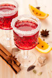 Two glasses of mulled wine and spices Stock Photography