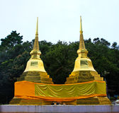 Two golden pagodas in Phra That Doi Tung temple Stock Images