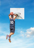 Two-handed dunk Royalty Free Stock Images
