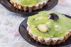 Two Kiwi fruit tarts Royalty Free Stock Images