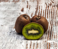 Two kiwis Stock Photography