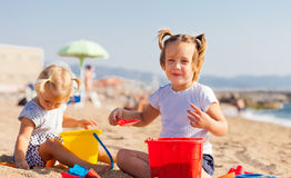 Two little children  on beach Royalty Free Stock Photos